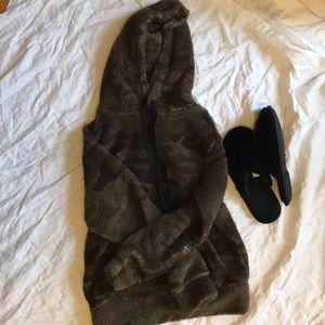 Rewash Green camo super fuzzy warm hoodie